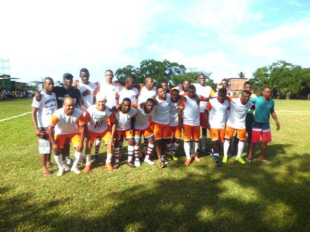 Equipe do Bahia, vice-campeã do Jacarezão 2016