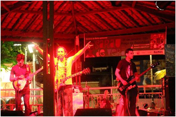 Show com a Banda Anarcomangue na Praça da República – Sarau de Verão evento da Seiva (30 de janeiro 2016)