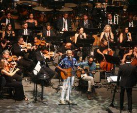 Comemoração pelos 50 anos do Teatro Castro Alves  Na foto: Gilberto Gil, Cantor  Foto: Elói Corrêa/GOVBA