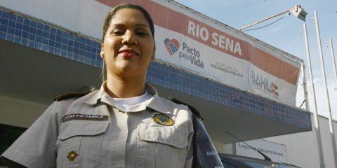 Mulheres são maioria no comando das Bases Comunitárias de Segurança na capital  Na foto: Capitã PM Camila Soledade, comandante da BCS de Rio Sena  Foto: Carol Garcia/GOVBA