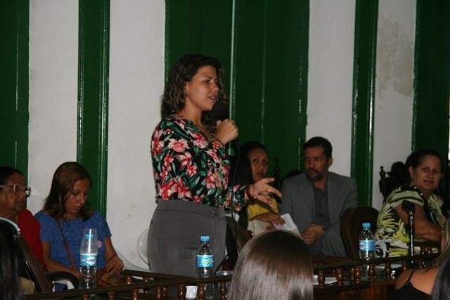 Psicóloga Manuella Pergidão falou sobre as consequências do pós-trauma