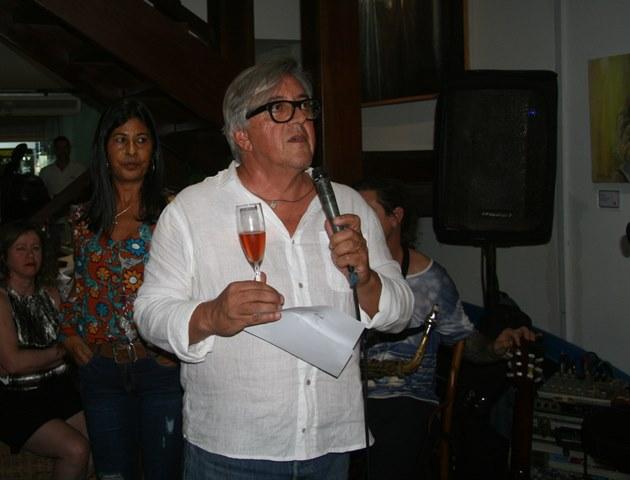 O empresário Carlos Sautchuck na inauguração do vernissage