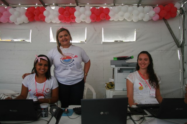 Secretária Jeanine Fonseca e equipe de triagem